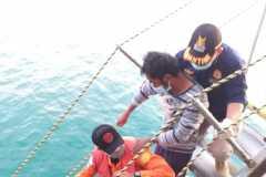 Tiga nelayan Sibolga tenggelam di perairan Agam ditemukan selamat